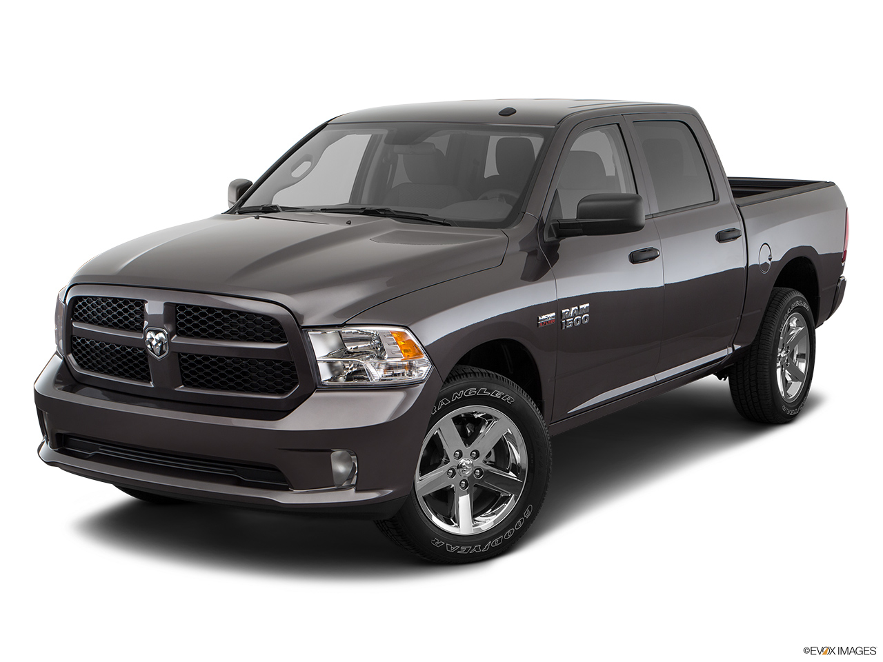 ram 1500 2018 express crew cab base in uae new car prices specs reviews photos yallamotor. Black Bedroom Furniture Sets. Home Design Ideas
