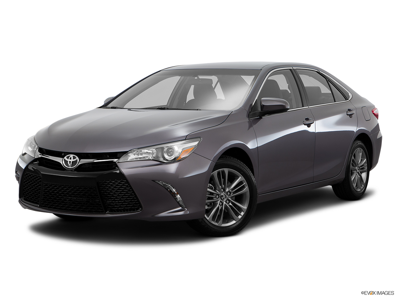 toyota camry 2016 2 5l se in bahrain new car prices specs reviews photos yallamotor. Black Bedroom Furniture Sets. Home Design Ideas
