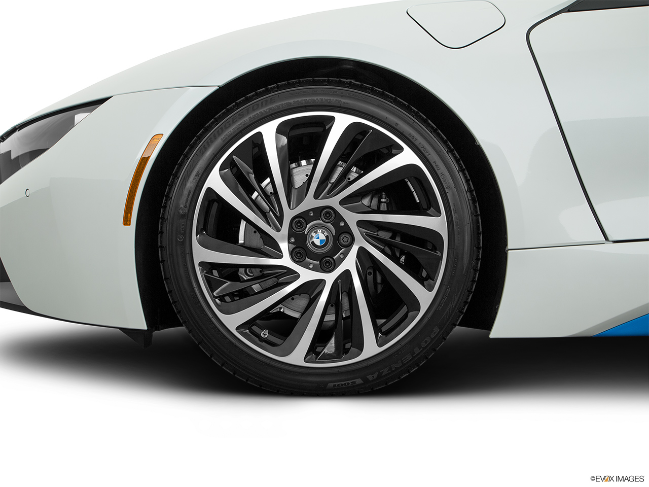 Bmw I8 2016 Plug In Hybrid In Oman New Car Prices Specs Reviews Amp Photos Yallamotor