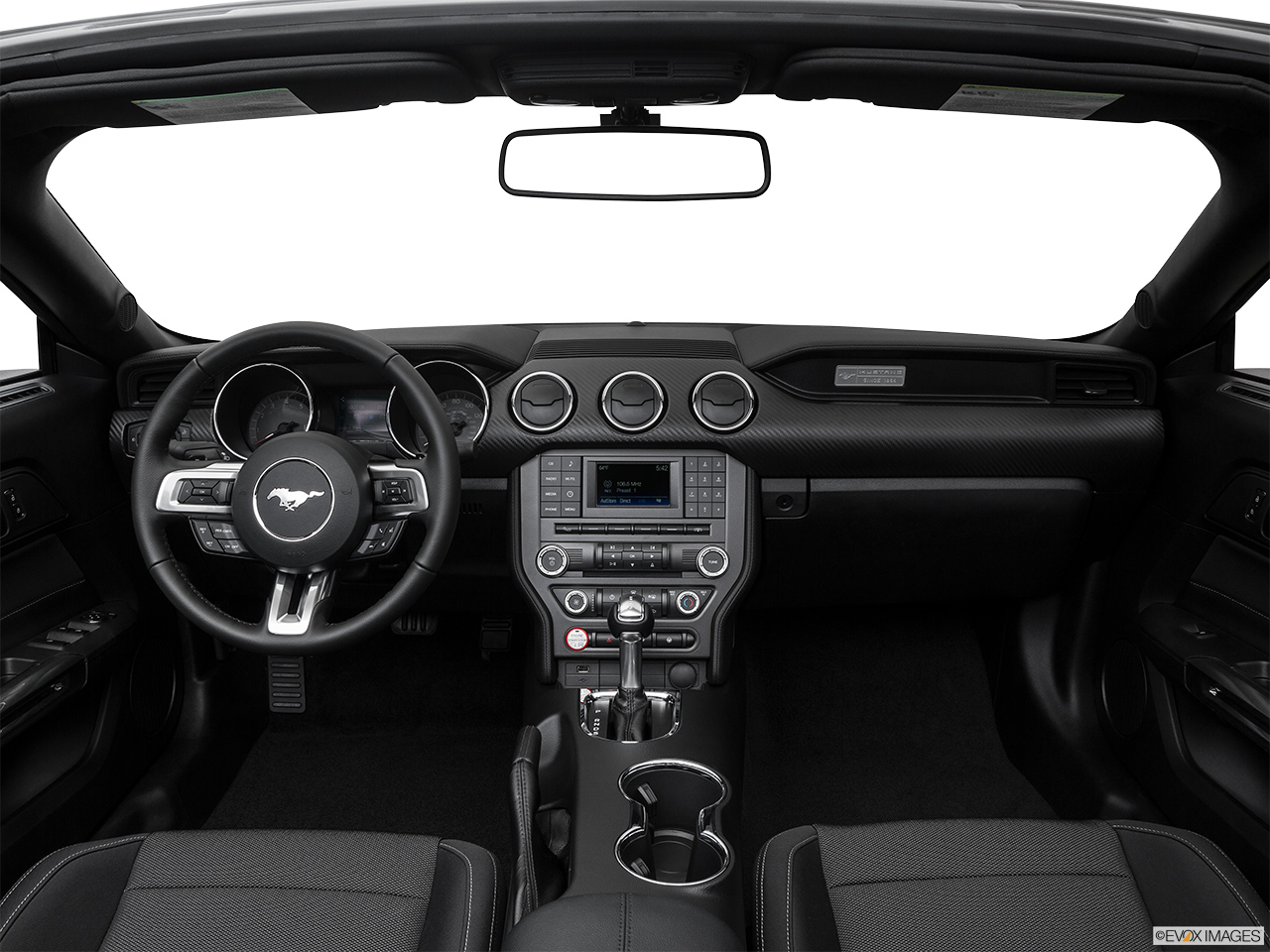 ford mustang 2016 3 7l convertible in qatar new car prices specs reviews photos yallamotor. Black Bedroom Furniture Sets. Home Design Ideas