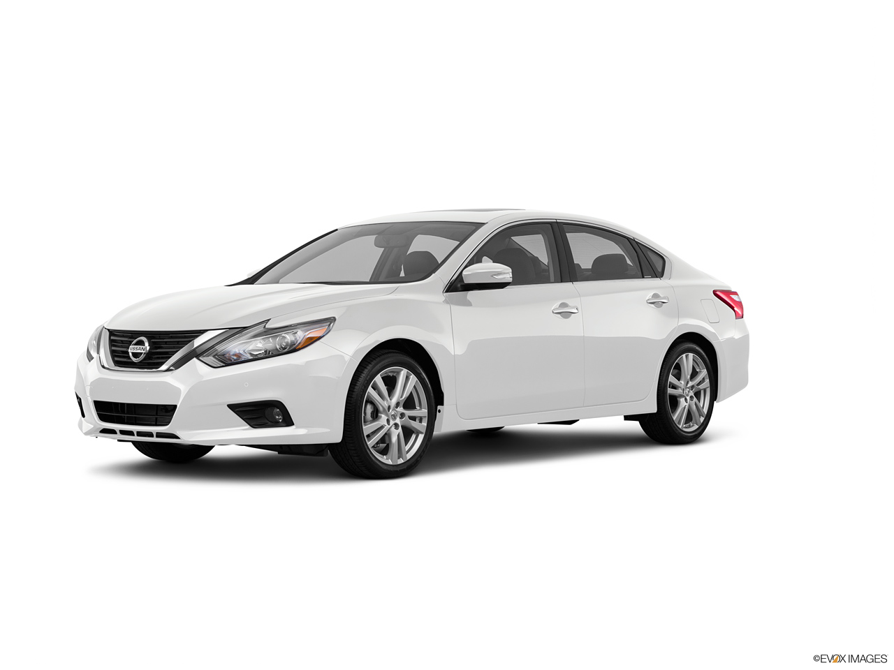 nissan altima 2016 3 5 sl in oman new car prices specs reviews photos yallamotor. Black Bedroom Furniture Sets. Home Design Ideas