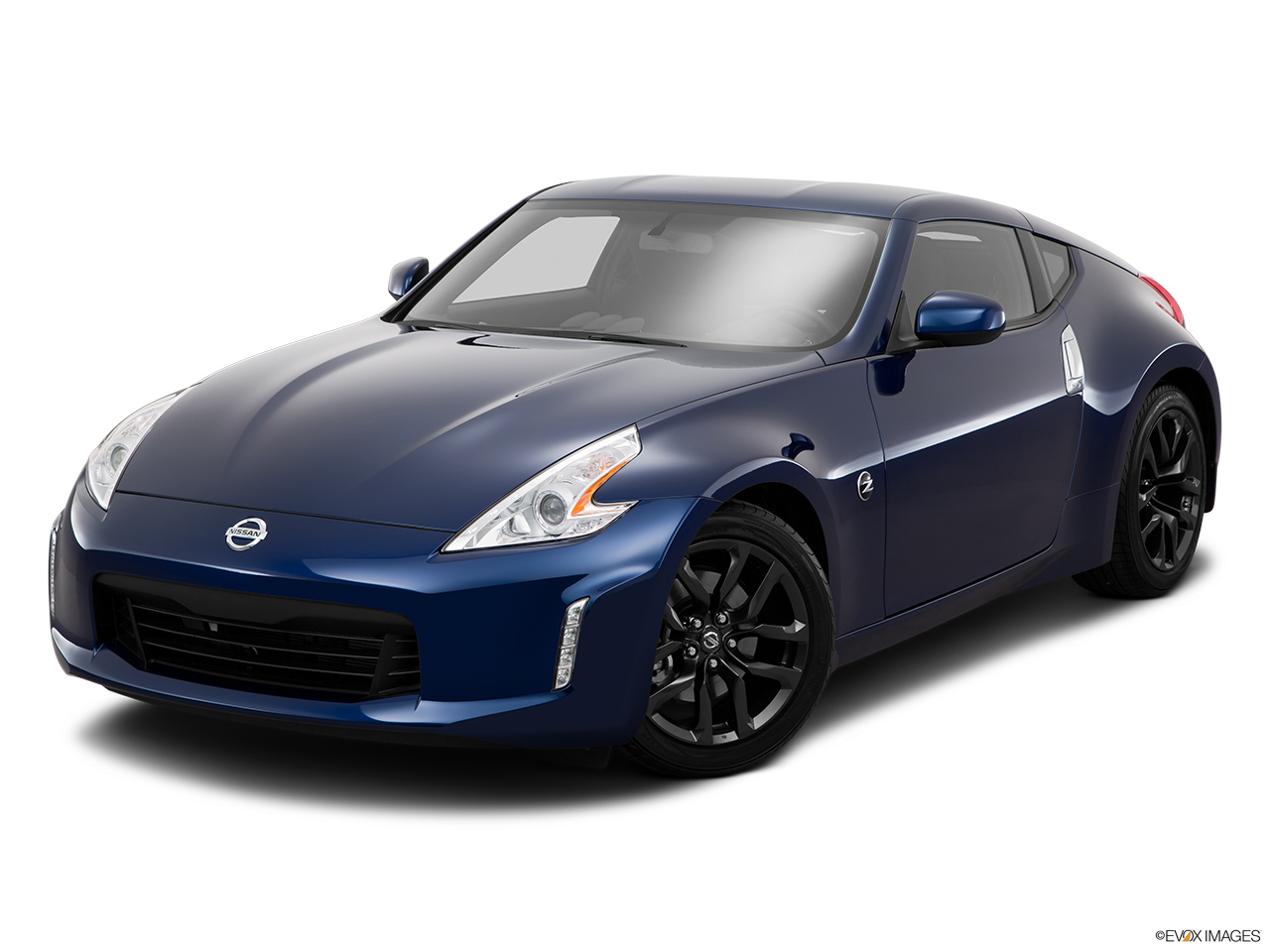 nissan 370z price in saudi arabia new nissan 370z photos and specs yallamotor. Black Bedroom Furniture Sets. Home Design Ideas