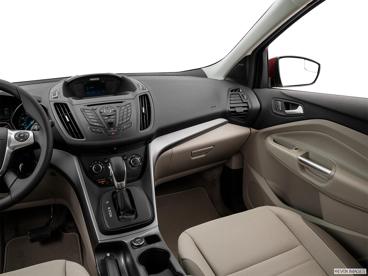 Ford Escape L Se Qatar Center Console Passenger Side