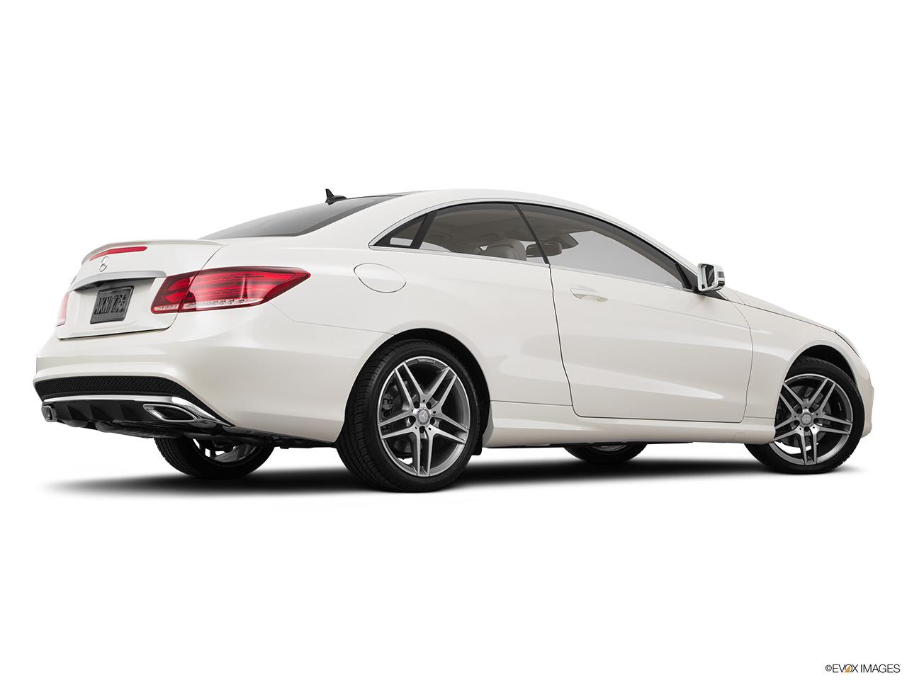 Car features list for mercedes benz e class coupe 2016 e for Mercedes benz e class 500