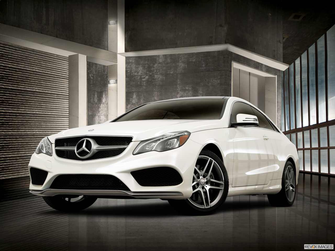 Car features list for mercedes benz e class coupe 2016 e for Mercedes benz coupes list