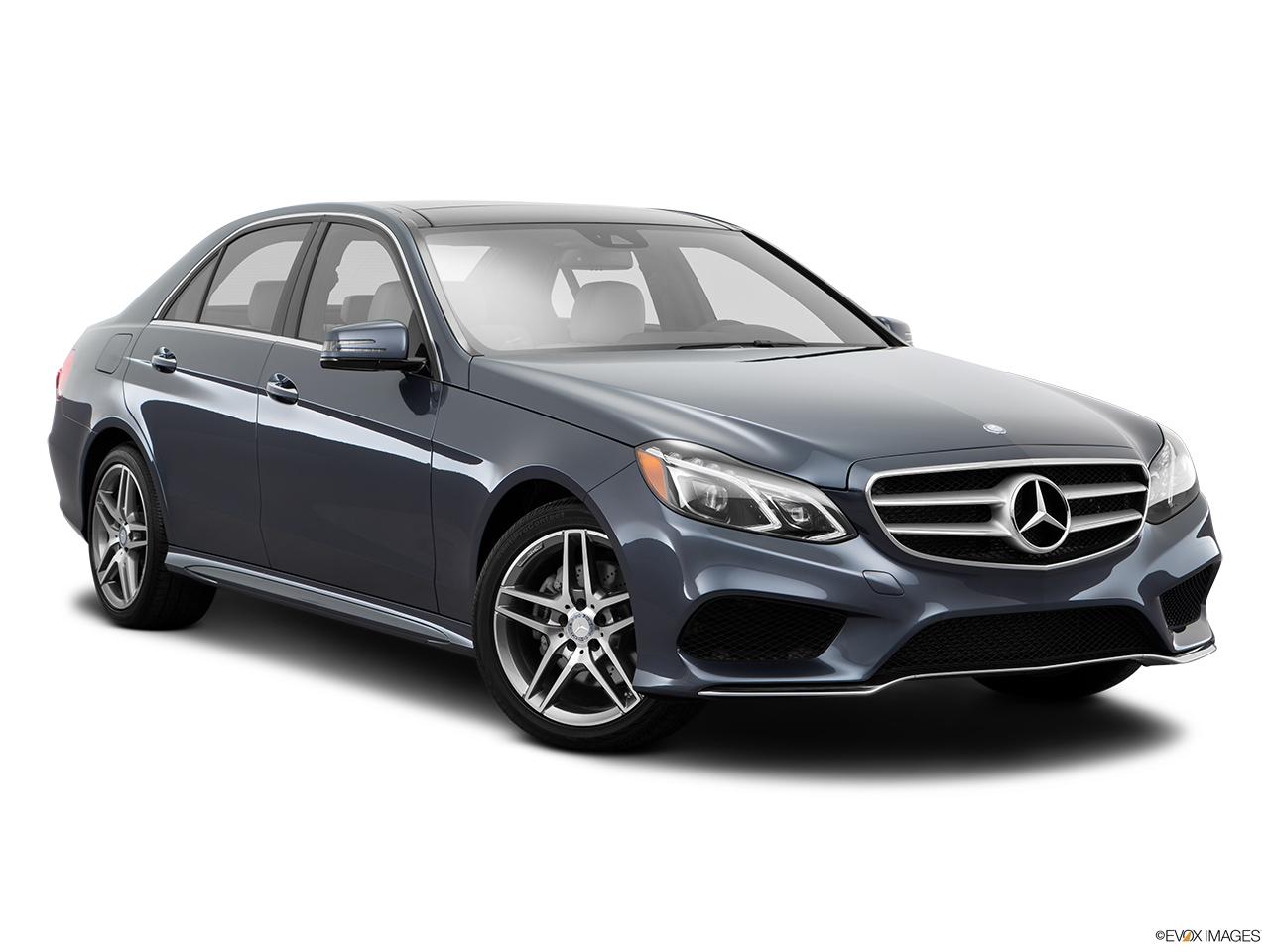 Car pictures list for mercedes benz e class saloon 2016 e for Mercedes benz payment estimator
