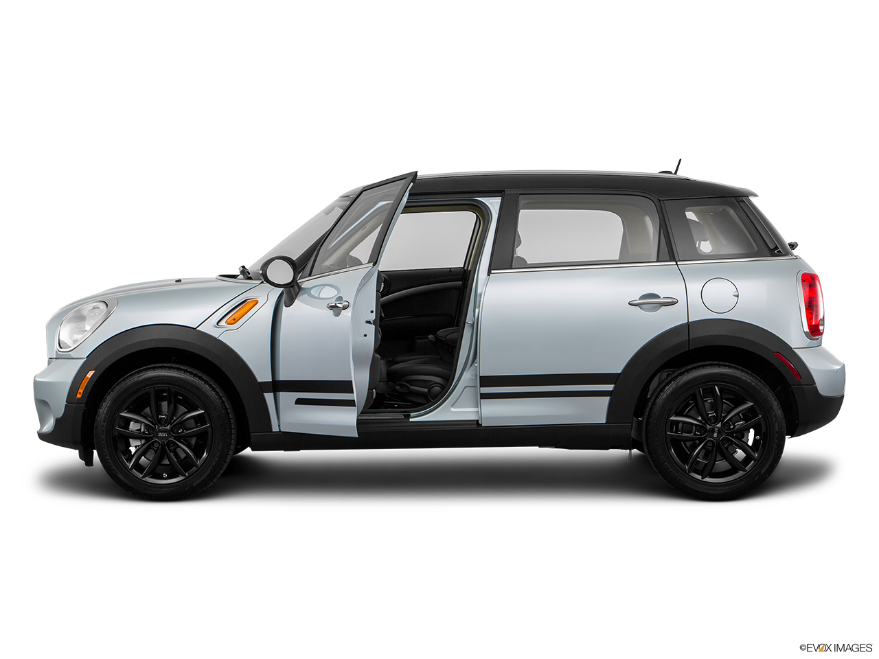 mini countryman 2016 cooper s in oman new car prices specs reviews photos yallamotor. Black Bedroom Furniture Sets. Home Design Ideas