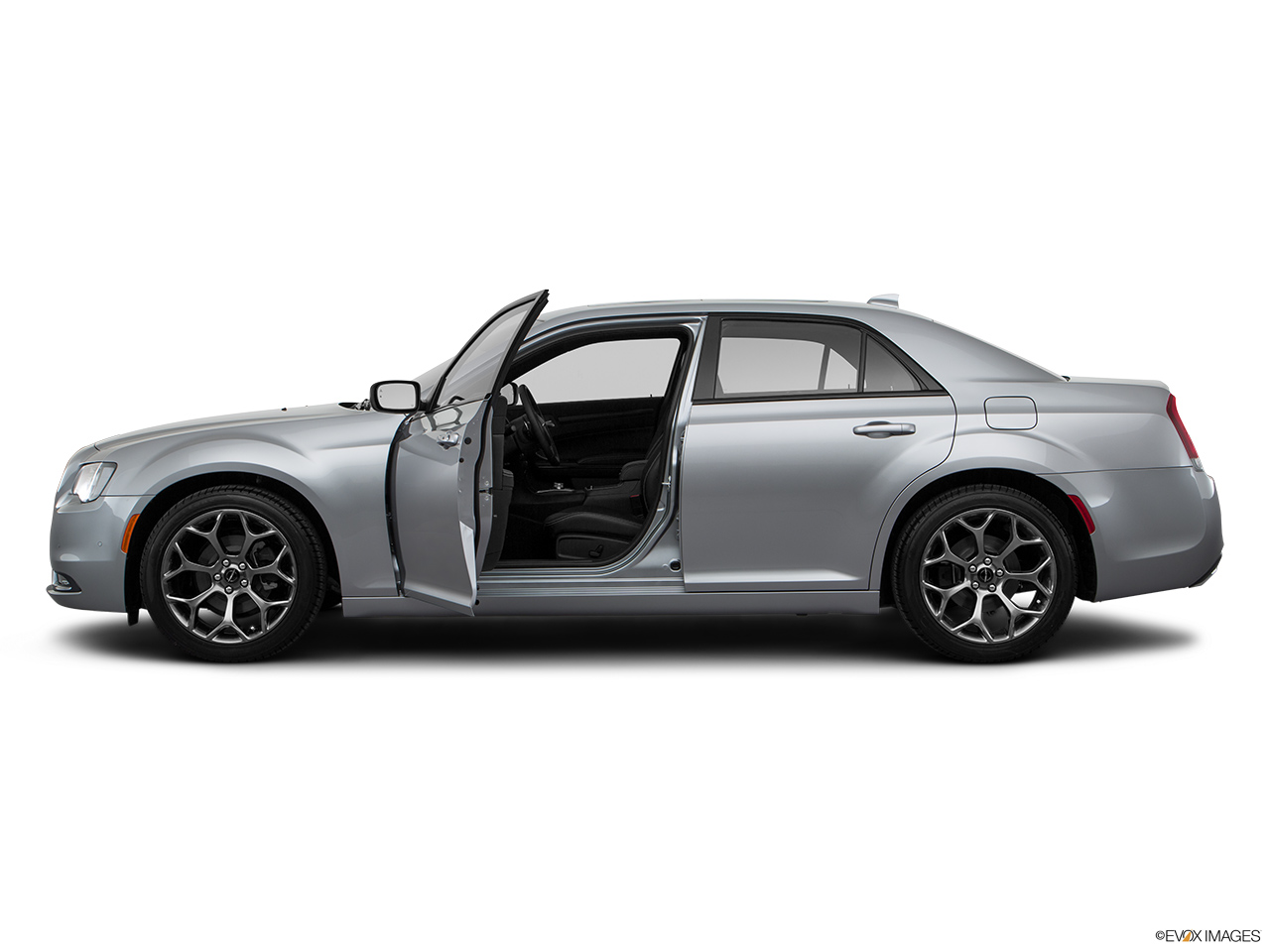 chrysler 300c 2016 5 7l in kuwait new car prices specs. Black Bedroom Furniture Sets. Home Design Ideas