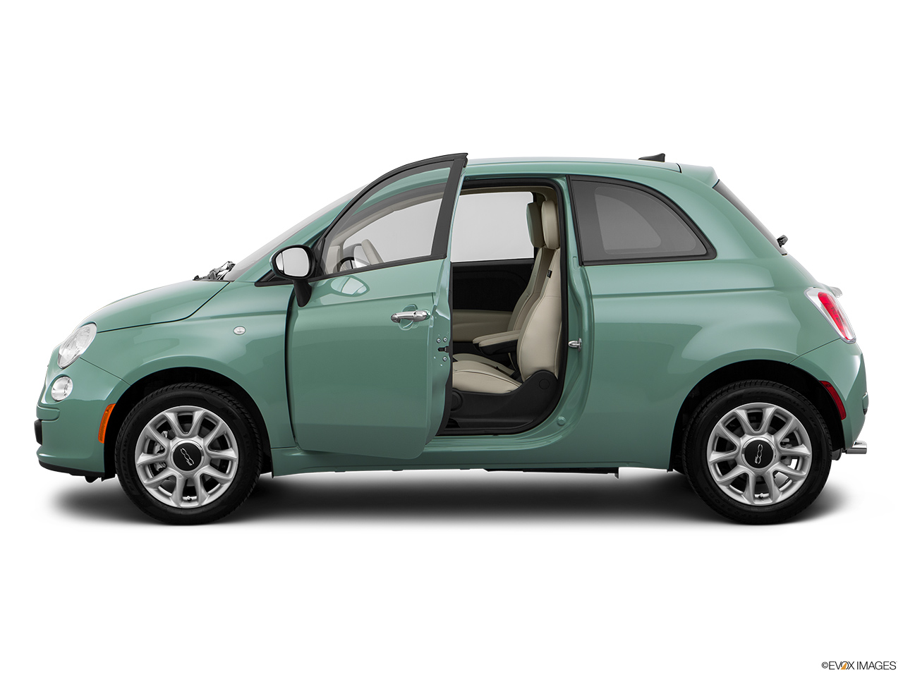 fiat 500 2016 lounge in oman new car prices specs reviews photos yallamotor. Black Bedroom Furniture Sets. Home Design Ideas