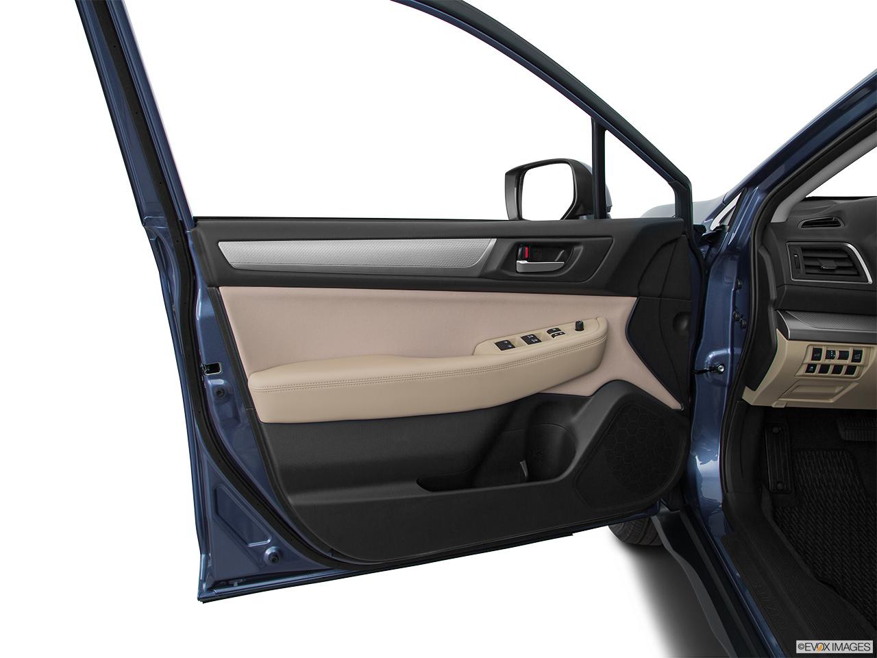 Car Features List For Subaru Outback 2016 2 5l Uae