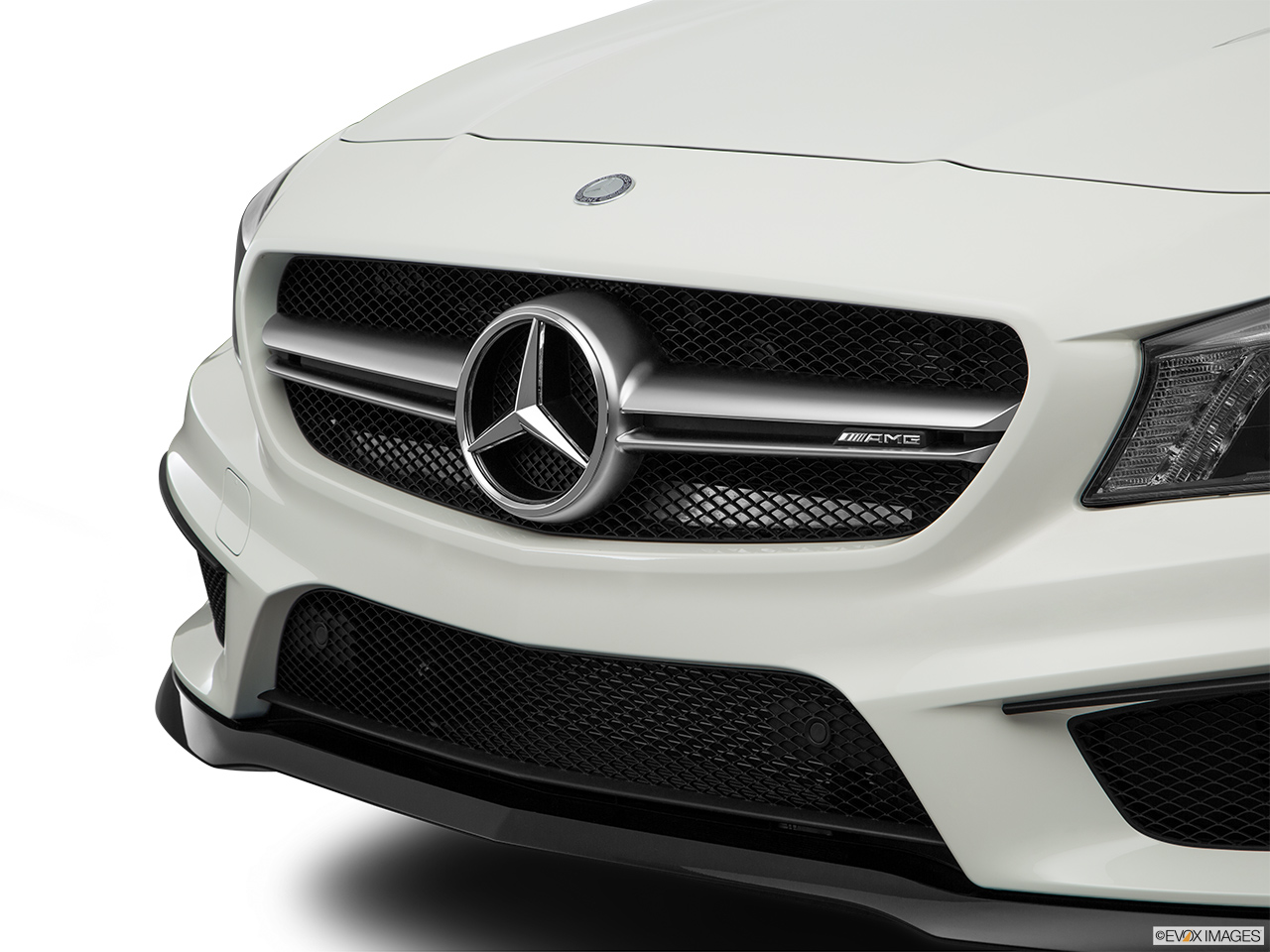 mercedes benz cla class 2016 cla 45 amg in kuwait new car prices specs reviews photos. Black Bedroom Furniture Sets. Home Design Ideas