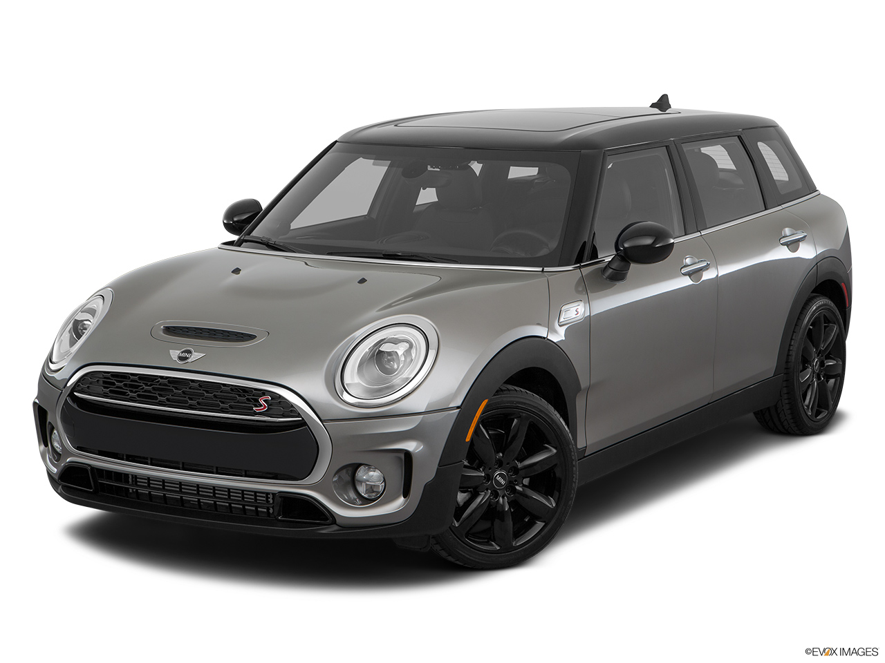 mini clubman 2016 cooper s in uae new car prices specs reviews photos yallamotor. Black Bedroom Furniture Sets. Home Design Ideas
