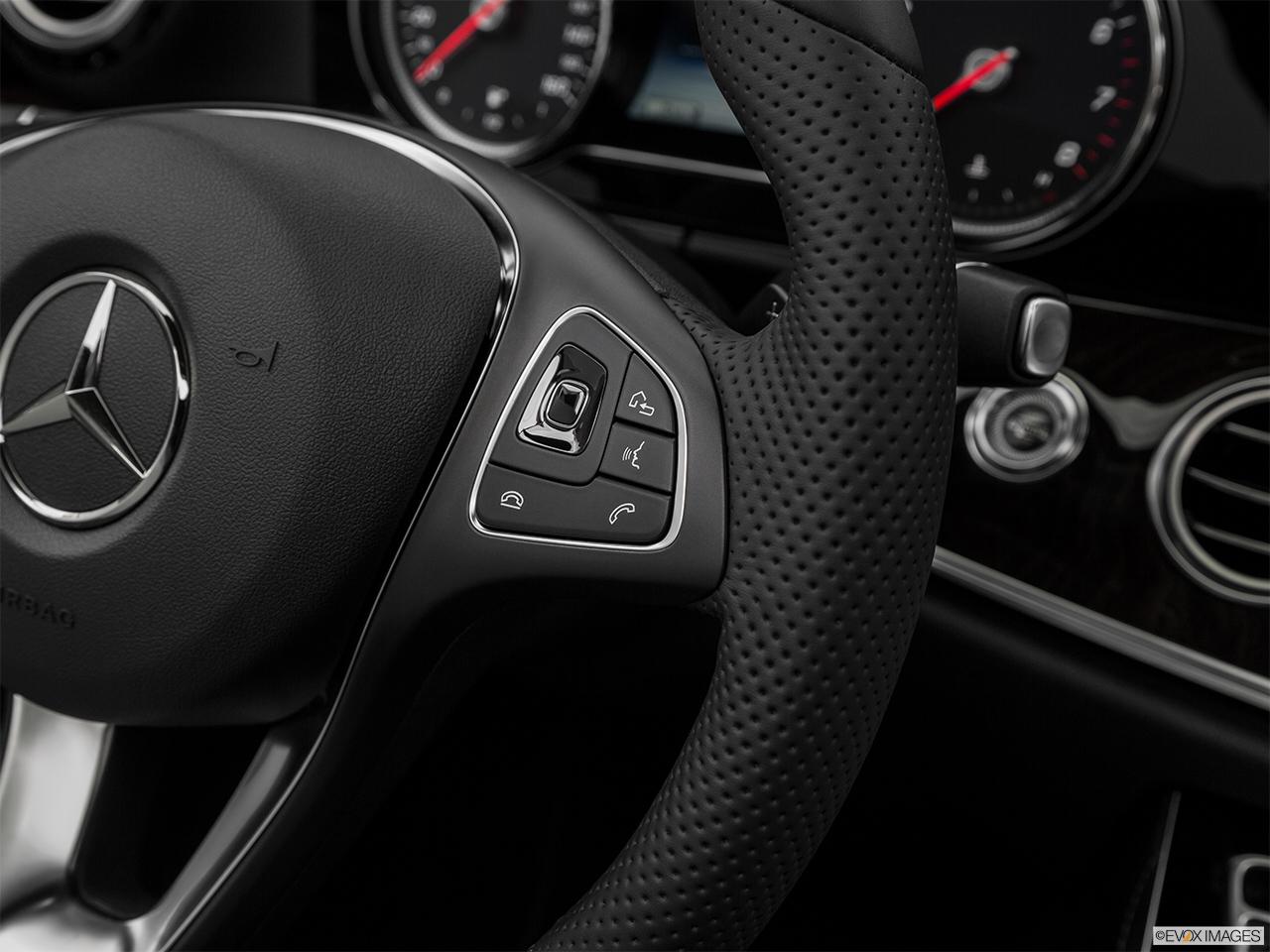 Car features list for mercedes benz e class saloon 2017 e for Mercedes benz steering wheel control buttons