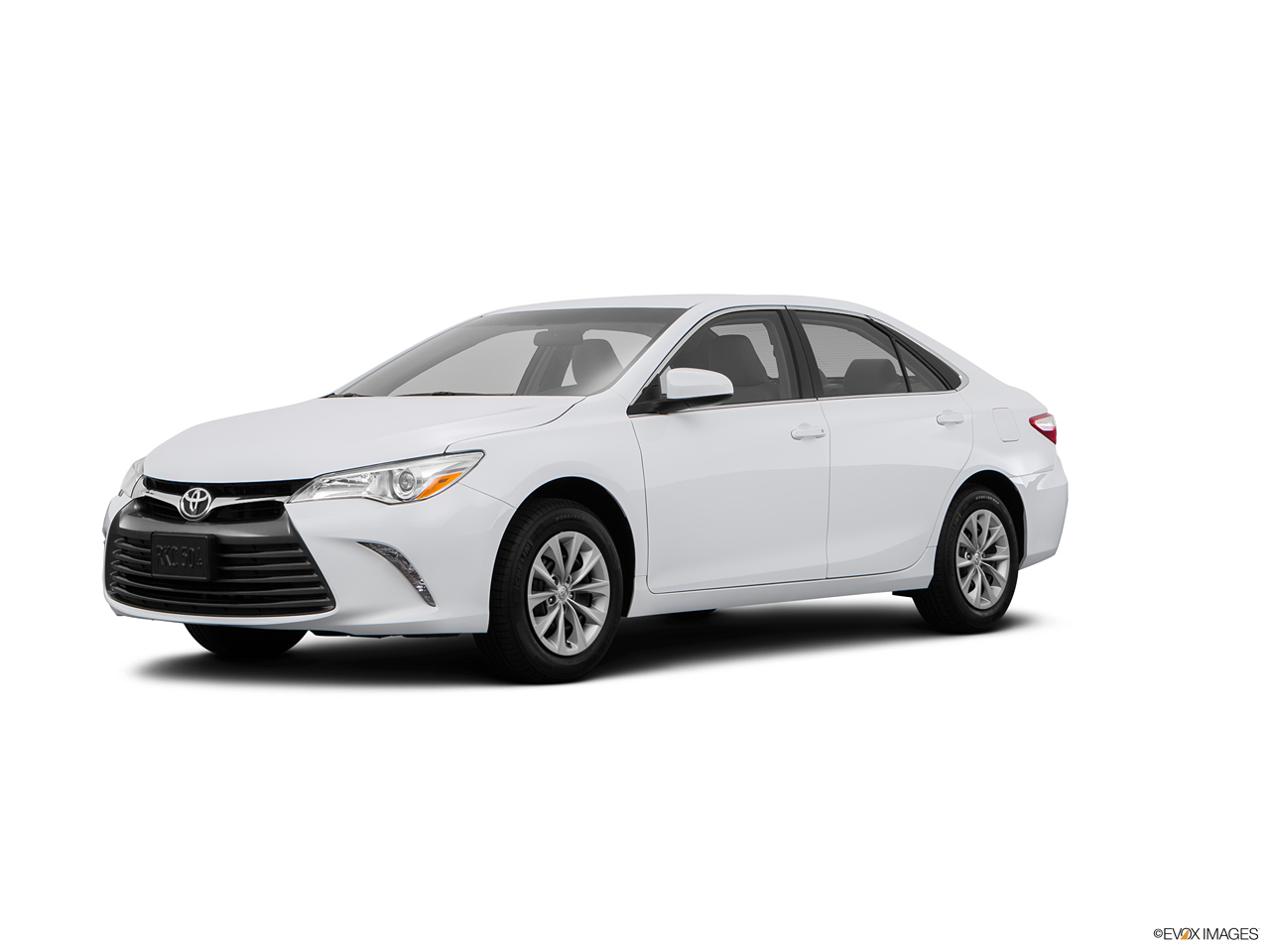 toyota camry 2017 2 5l sport in saudi arabia new car prices specs reviews photos yallamotor. Black Bedroom Furniture Sets. Home Design Ideas