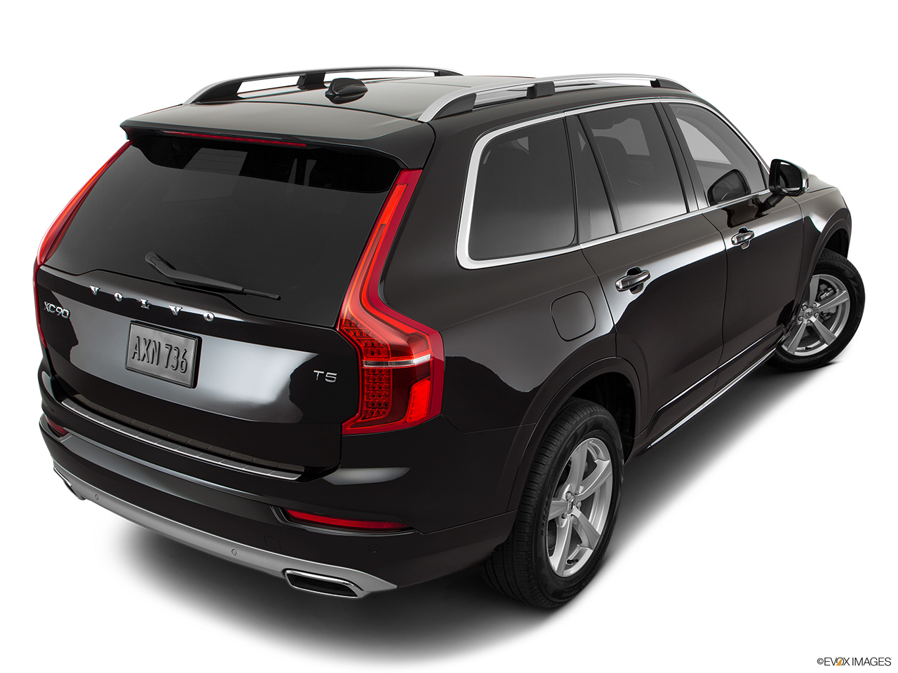 volvo xc90 2017 t6 inscription exclusive in uae new car prices specs reviews photos. Black Bedroom Furniture Sets. Home Design Ideas