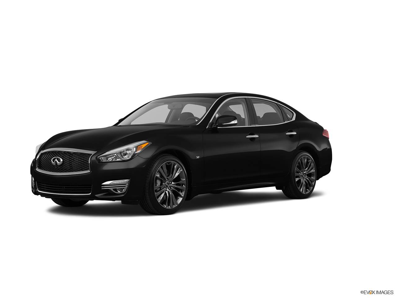 infiniti q70 2017 5 6l luxury in saudi arabia new car prices specs reviews photos yallamotor. Black Bedroom Furniture Sets. Home Design Ideas