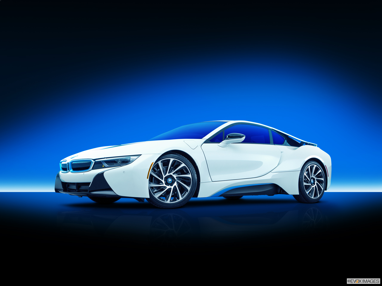 bmw i8 2017 plug in hybrid in bahrain new car prices specs reviews photos yallamotor. Black Bedroom Furniture Sets. Home Design Ideas