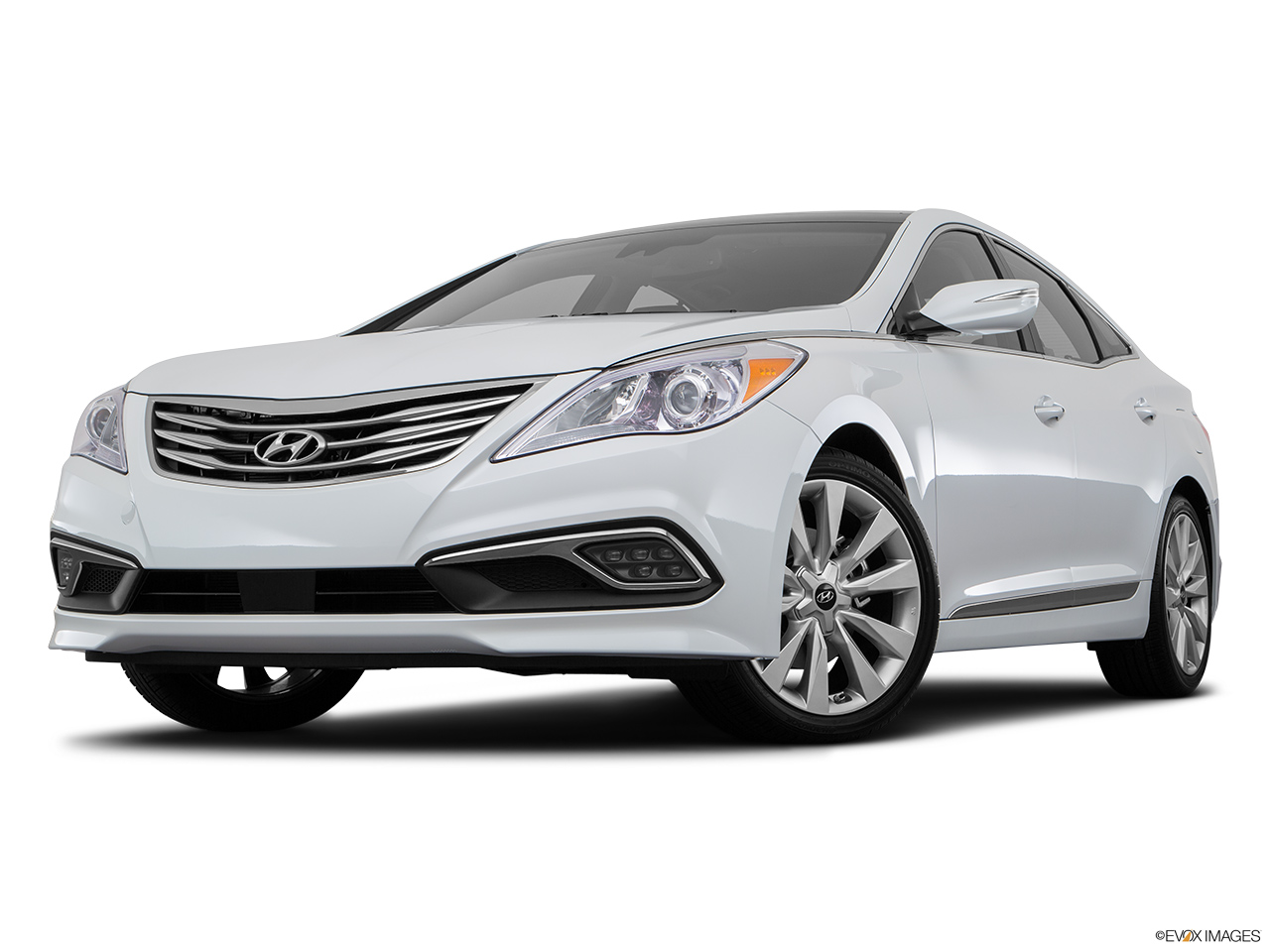 2018 hyundai azera price in india. exellent price hyundai azera 2017 bahrain front angle view low wide perspective in 2018 hyundai azera price in india h