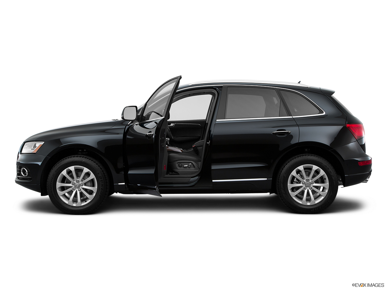 audi q5 2017 40 tfsi quattro 225 hp in oman new car prices specs reviews photos yallamotor. Black Bedroom Furniture Sets. Home Design Ideas