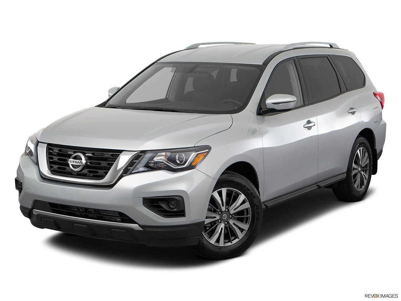 nissan pathfinder 2017 3 5l sv 4wd in uae new car prices specs reviews photos yallamotor. Black Bedroom Furniture Sets. Home Design Ideas