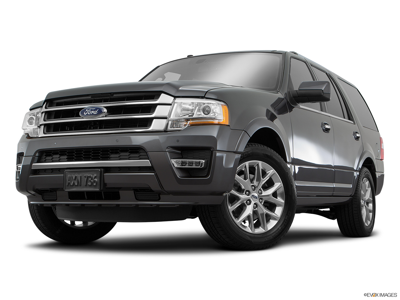 Ford Expedition  Oman Front Angle View Low Wide Perspective