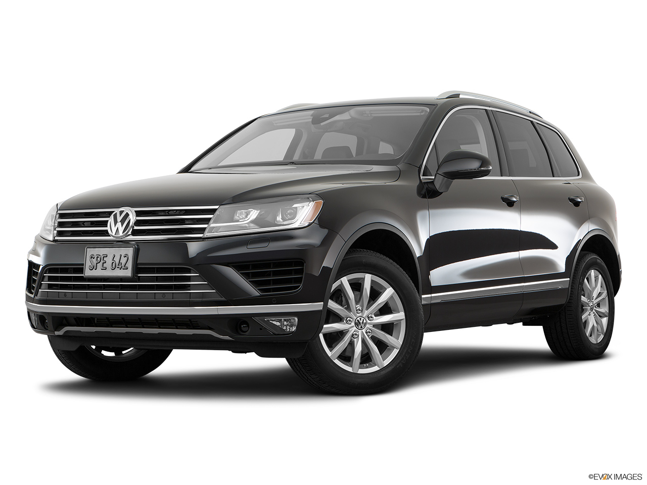 car pictures list for volkswagen touareg 2017 3 6l se uae yallamotor. Black Bedroom Furniture Sets. Home Design Ideas