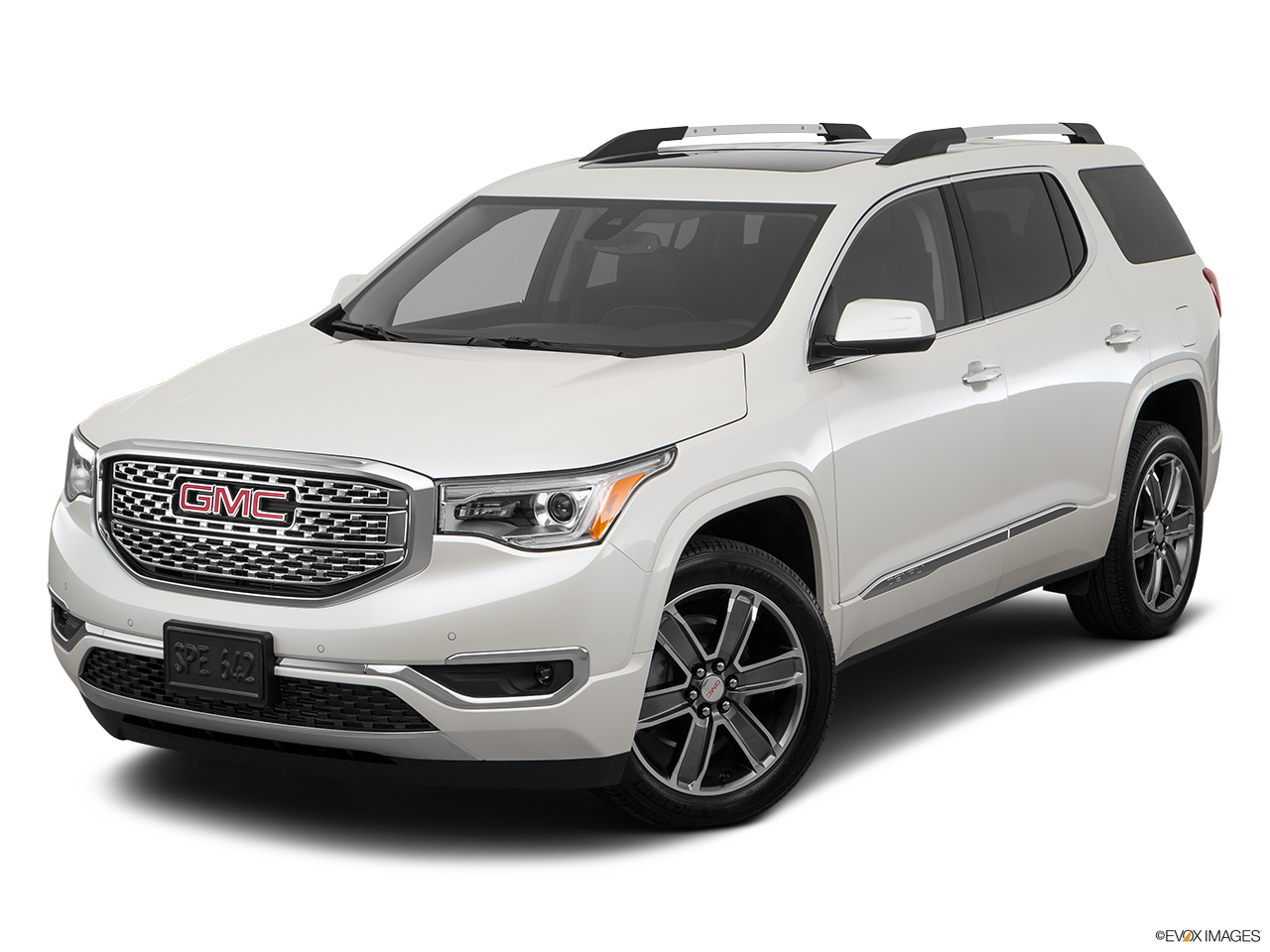 gmc acadia denali 2017 denali in oman new car prices specs reviews photos yallamotor. Black Bedroom Furniture Sets. Home Design Ideas