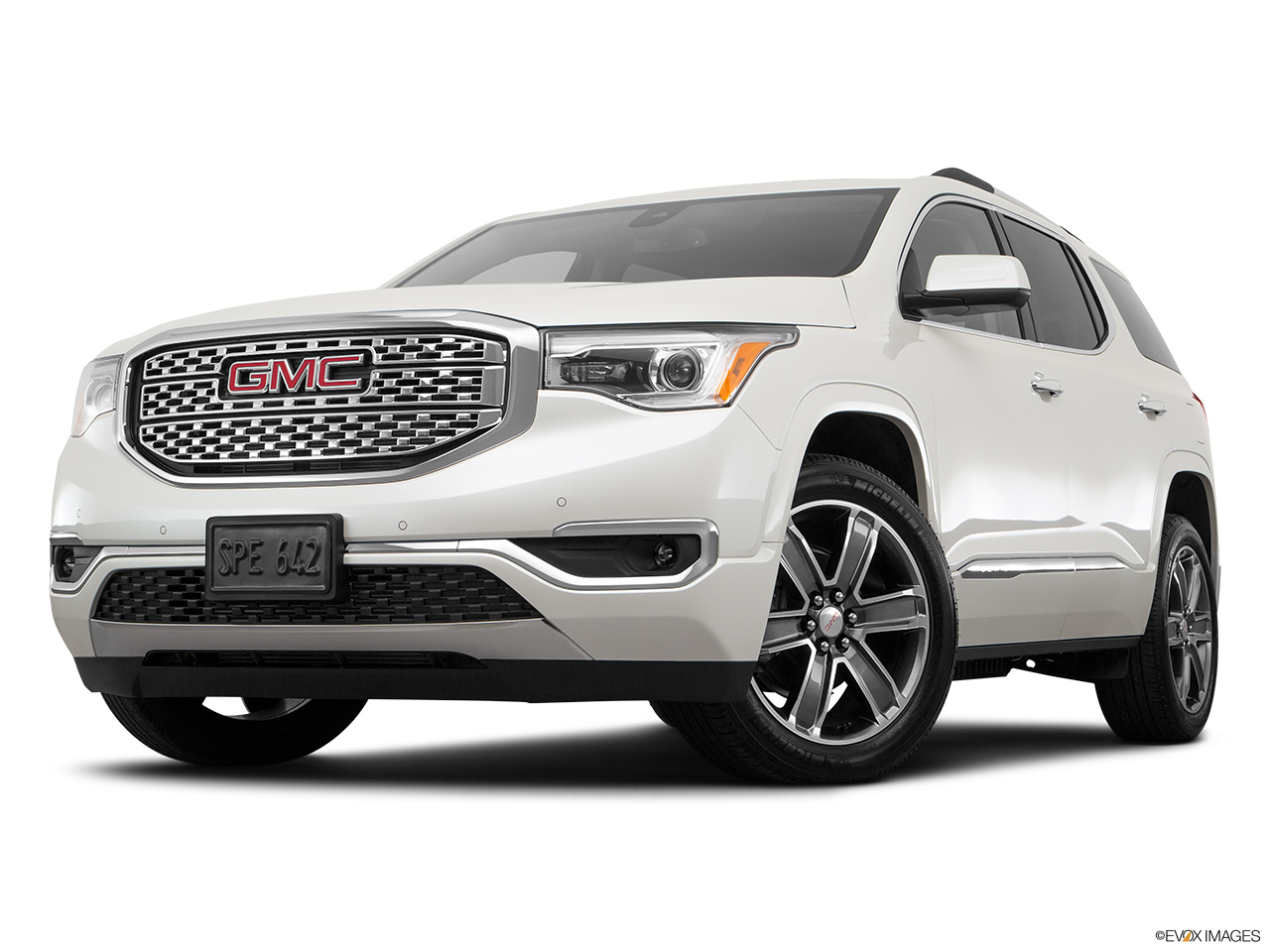 2017 gmc acadia denali prices in uae gulf specs reviews for dubai abu dhabi and sharjah. Black Bedroom Furniture Sets. Home Design Ideas