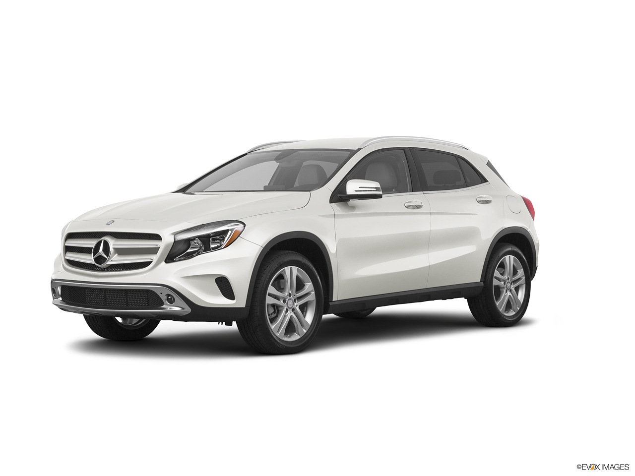 mercedes benz gla 2017 45 amg in qatar new car prices specs reviews photos yallamotor. Black Bedroom Furniture Sets. Home Design Ideas