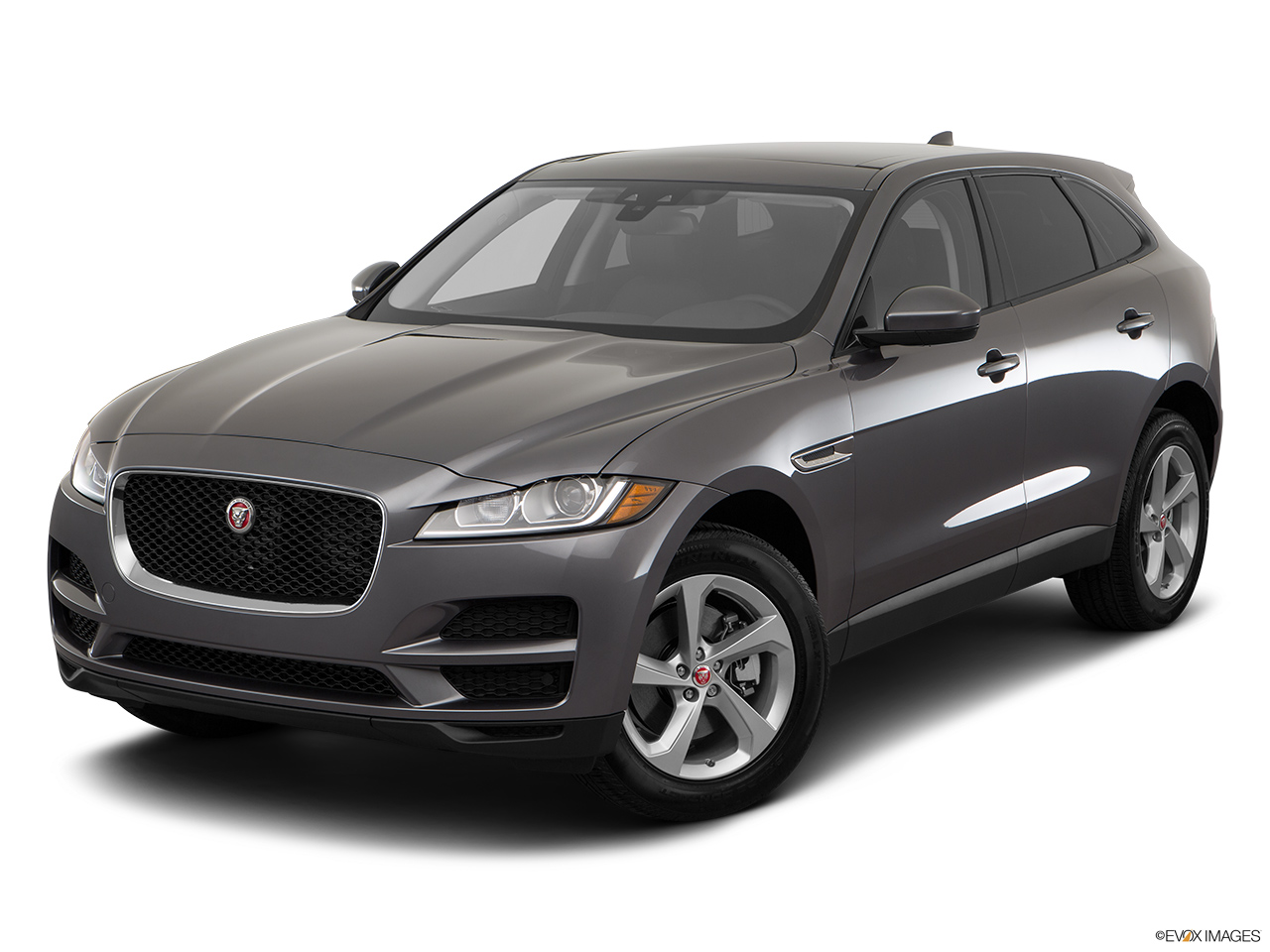 car features list for jaguar f pace 2017 2 0t portfolio 250 ps bahrain yallamotor. Black Bedroom Furniture Sets. Home Design Ideas