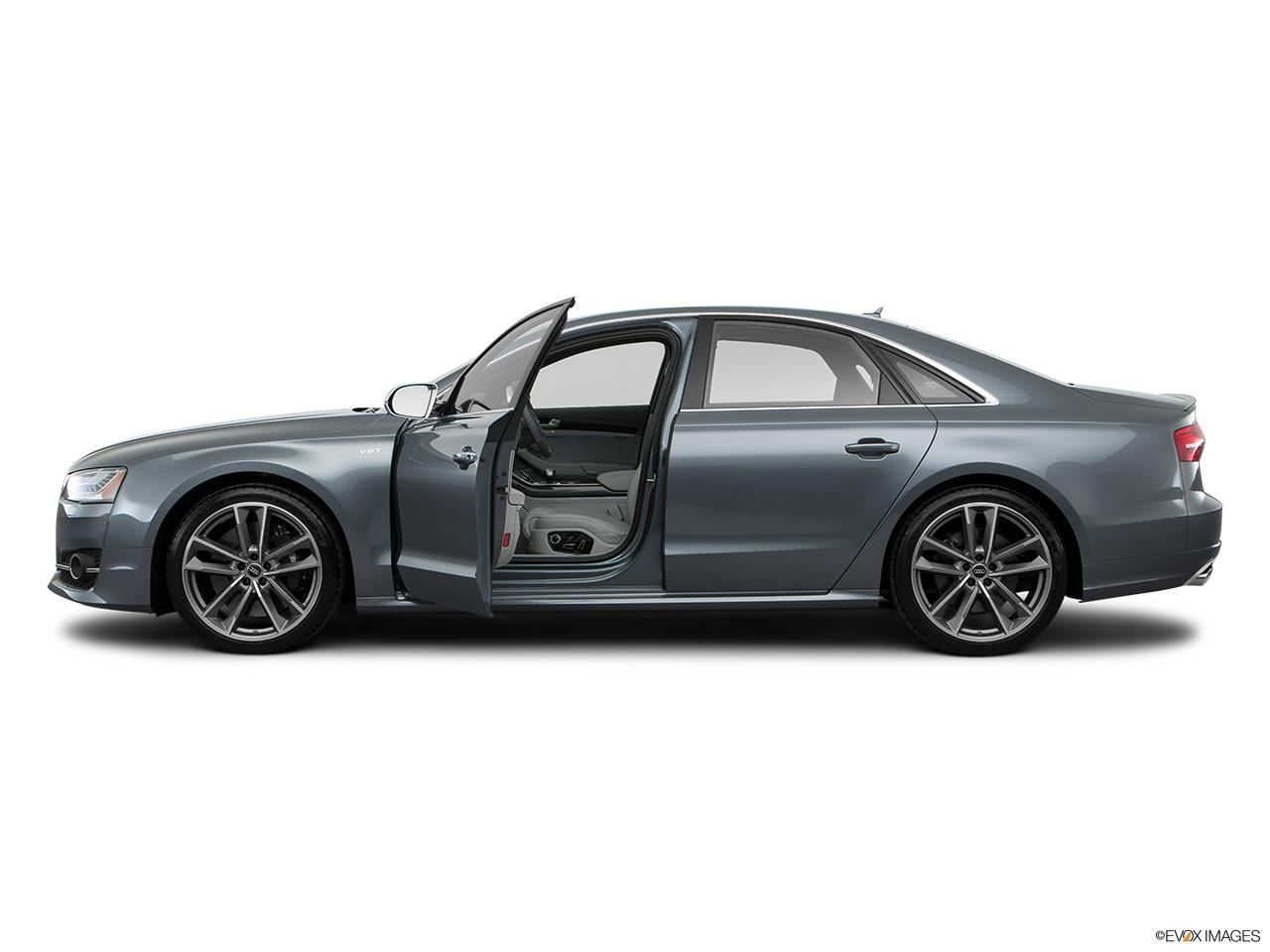audi s8 2017 plus 4 0 tfsi quattro 605 hp in saudi arabia new car prices specs reviews. Black Bedroom Furniture Sets. Home Design Ideas