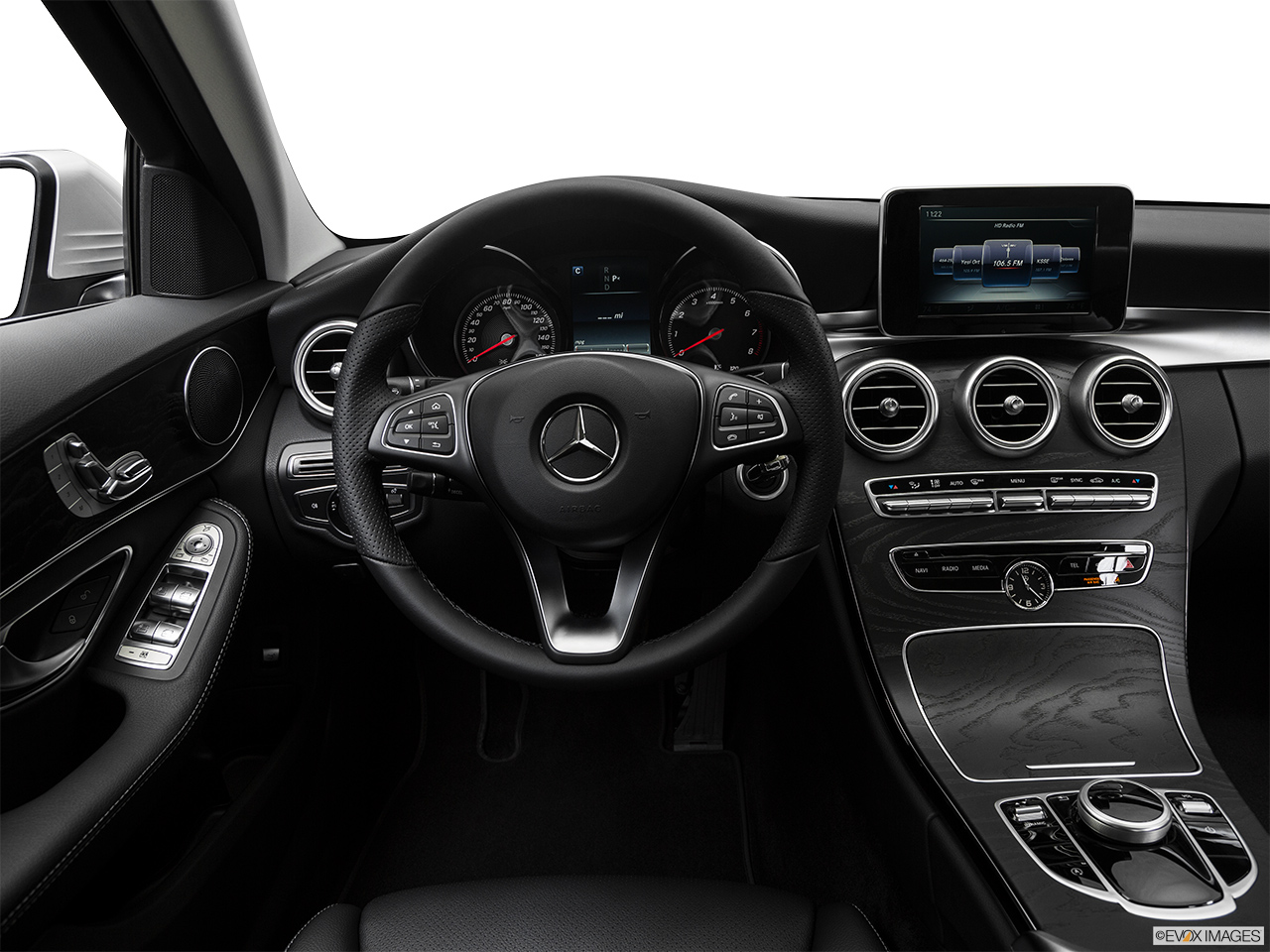 mercedes benz c class 2017 c 200 in uae new car prices specs reviews photos yallamotor. Black Bedroom Furniture Sets. Home Design Ideas