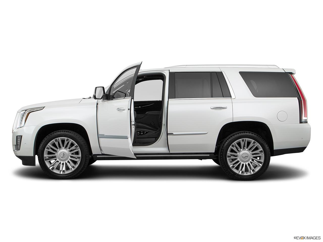 cadillac escalade 2017 6 2l platinum in uae new car prices specs reviews photos yallamotor. Black Bedroom Furniture Sets. Home Design Ideas