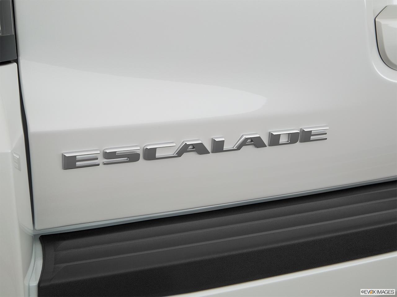 Car Pictures List for Cadillac Escalade 2017 6.2L Platinum ...