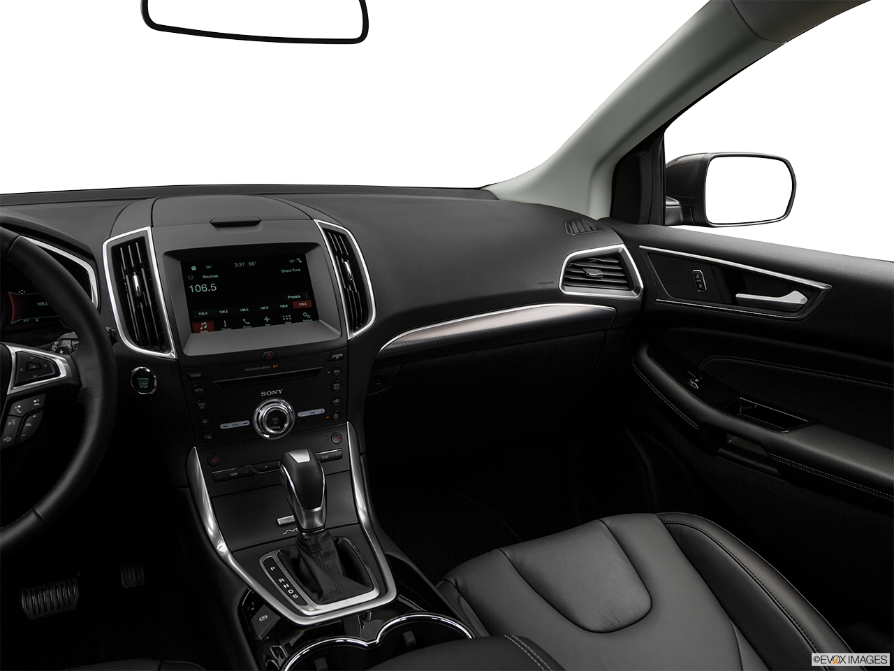 ford edge 2017 3 5l v6 titanium awd full option in uae. Black Bedroom Furniture Sets. Home Design Ideas