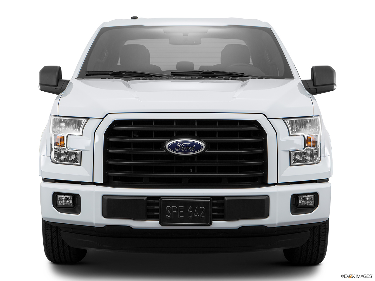 car features list for ford f 150 2017 3 5l ecoboost super cab xlt uae yallamotor. Black Bedroom Furniture Sets. Home Design Ideas