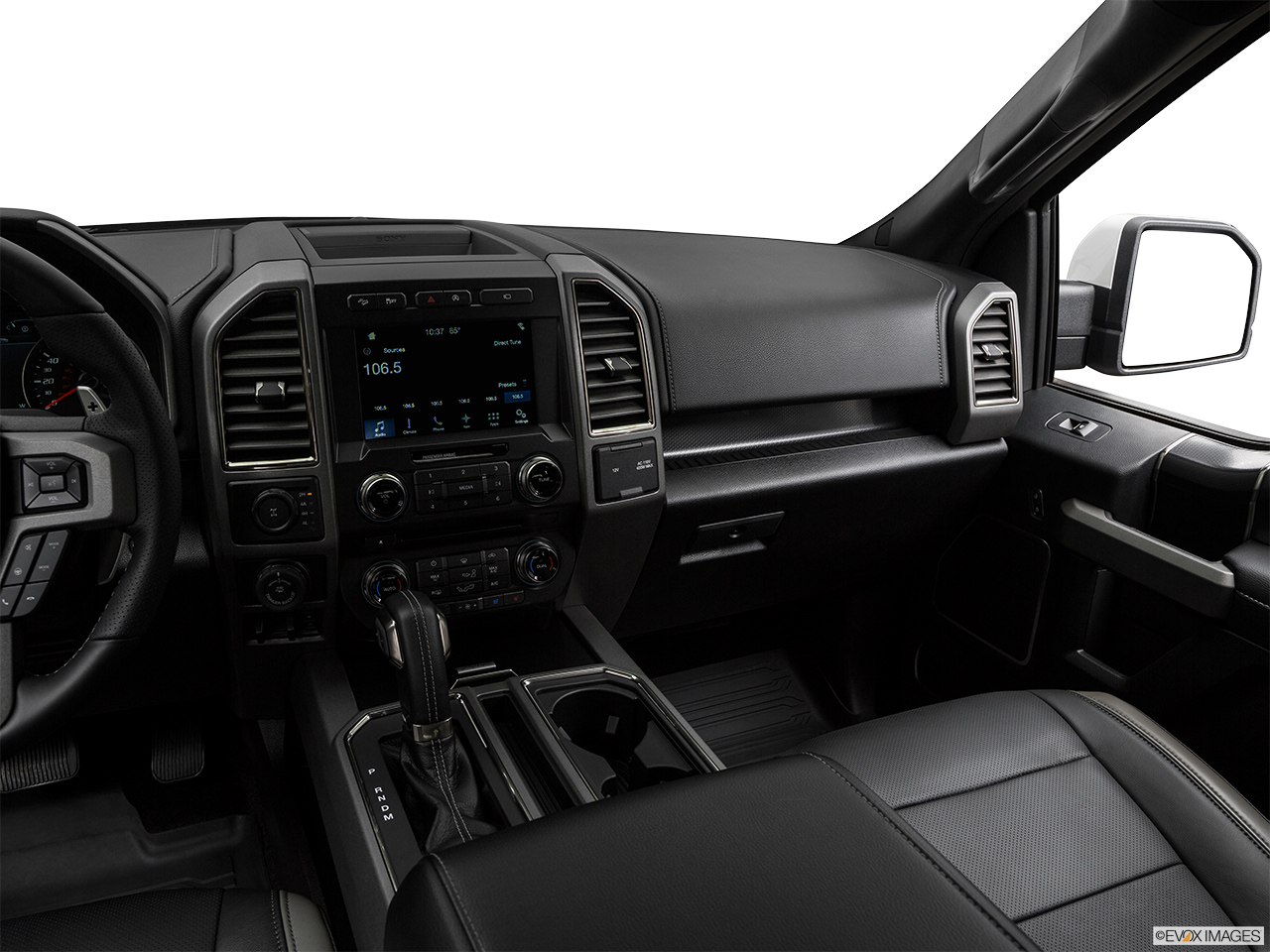 ford f 150 raptor 2017 3 5l ecoboost super cab mid range in uae new car prices specs reviews. Black Bedroom Furniture Sets. Home Design Ideas