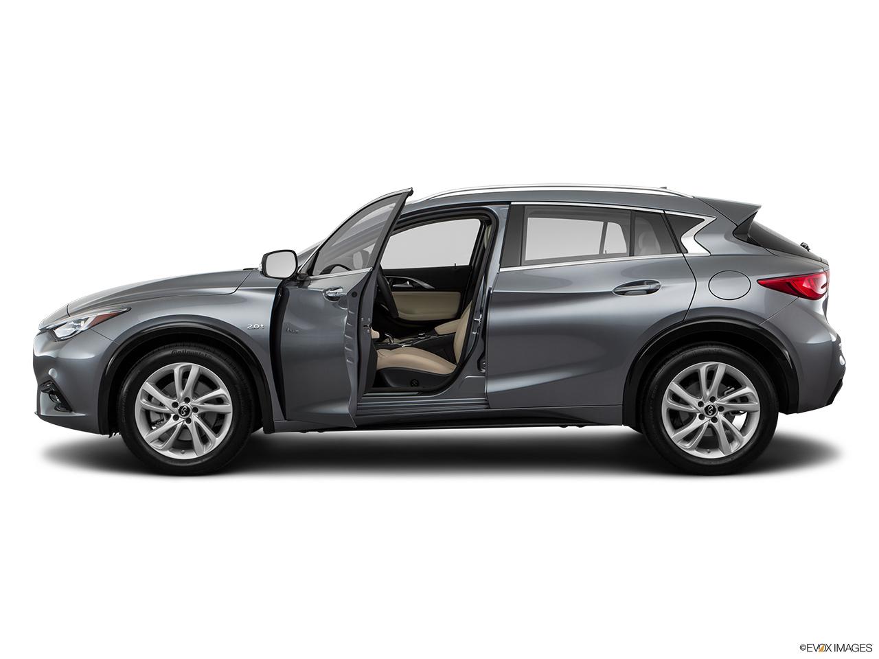 car pictures list for infiniti q30 2017 2 0t premium oman yallamotor. Black Bedroom Furniture Sets. Home Design Ideas
