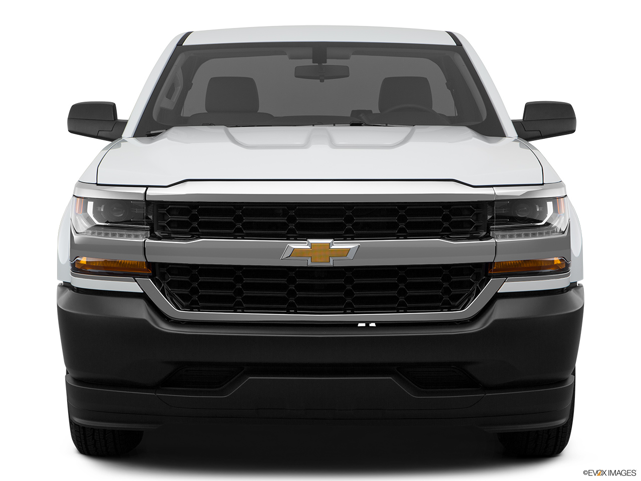 Chevrolet Silverado 2018 1500 Base, Saudi Arabia, Low/wide front.