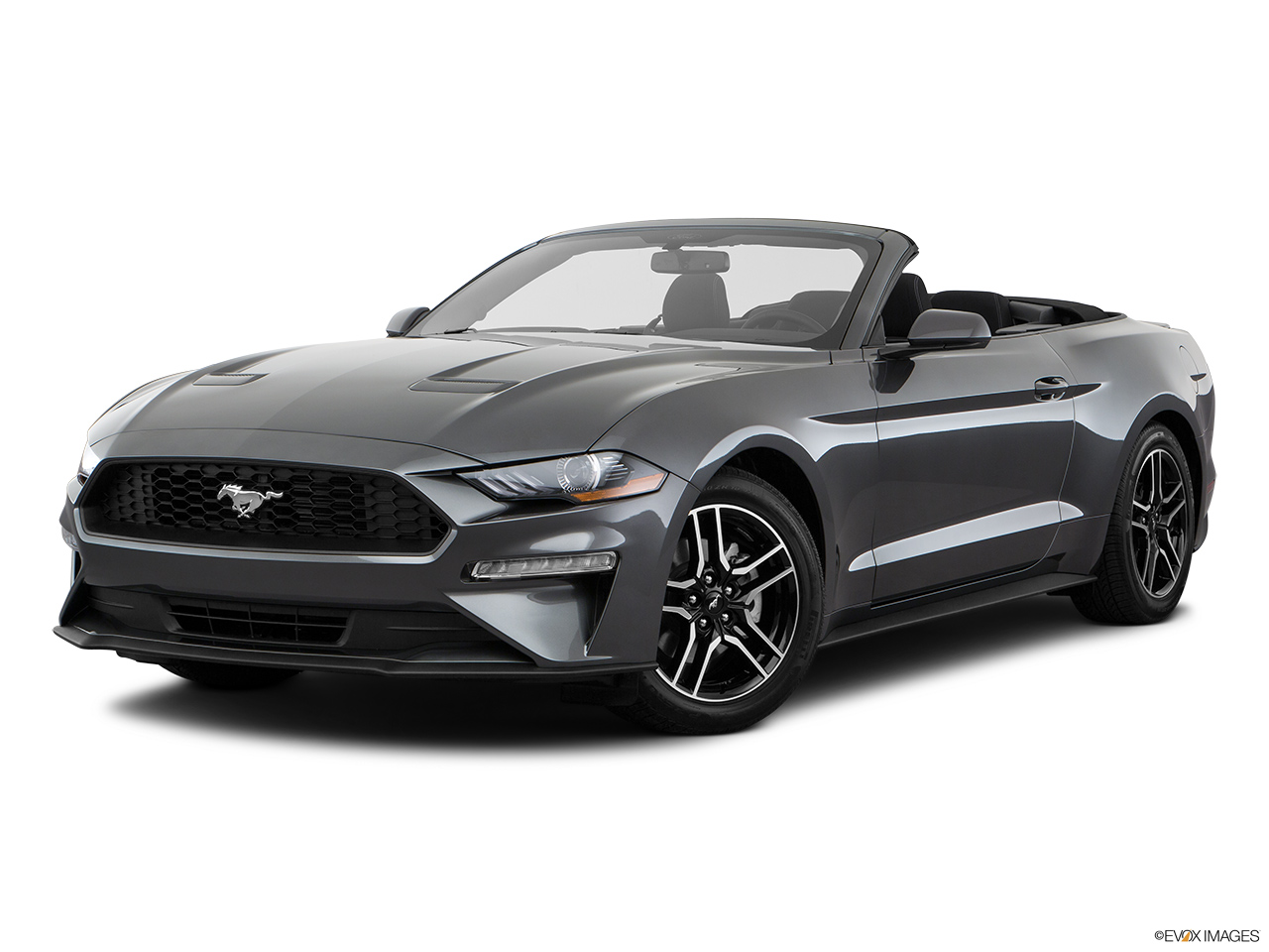 ford mustang 2018 5 0l fastback california special in uae. Black Bedroom Furniture Sets. Home Design Ideas