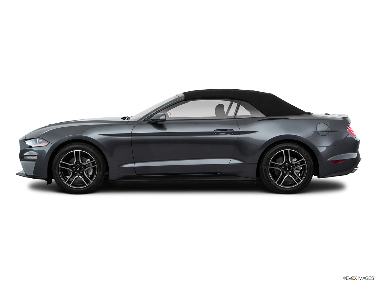 Ford Mustang 2018 5.0L Fastback California Special in UAE: New Car Prices, Specs, Reviews ...