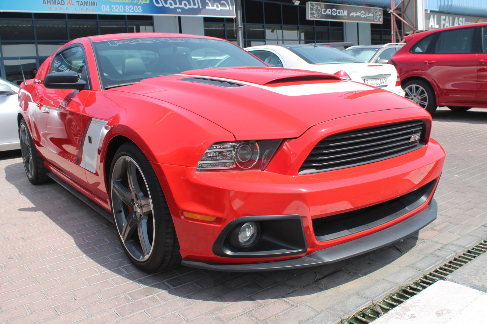 used ford mustang roush 2014 car for sale in dubai 754422. Black Bedroom Furniture Sets. Home Design Ideas