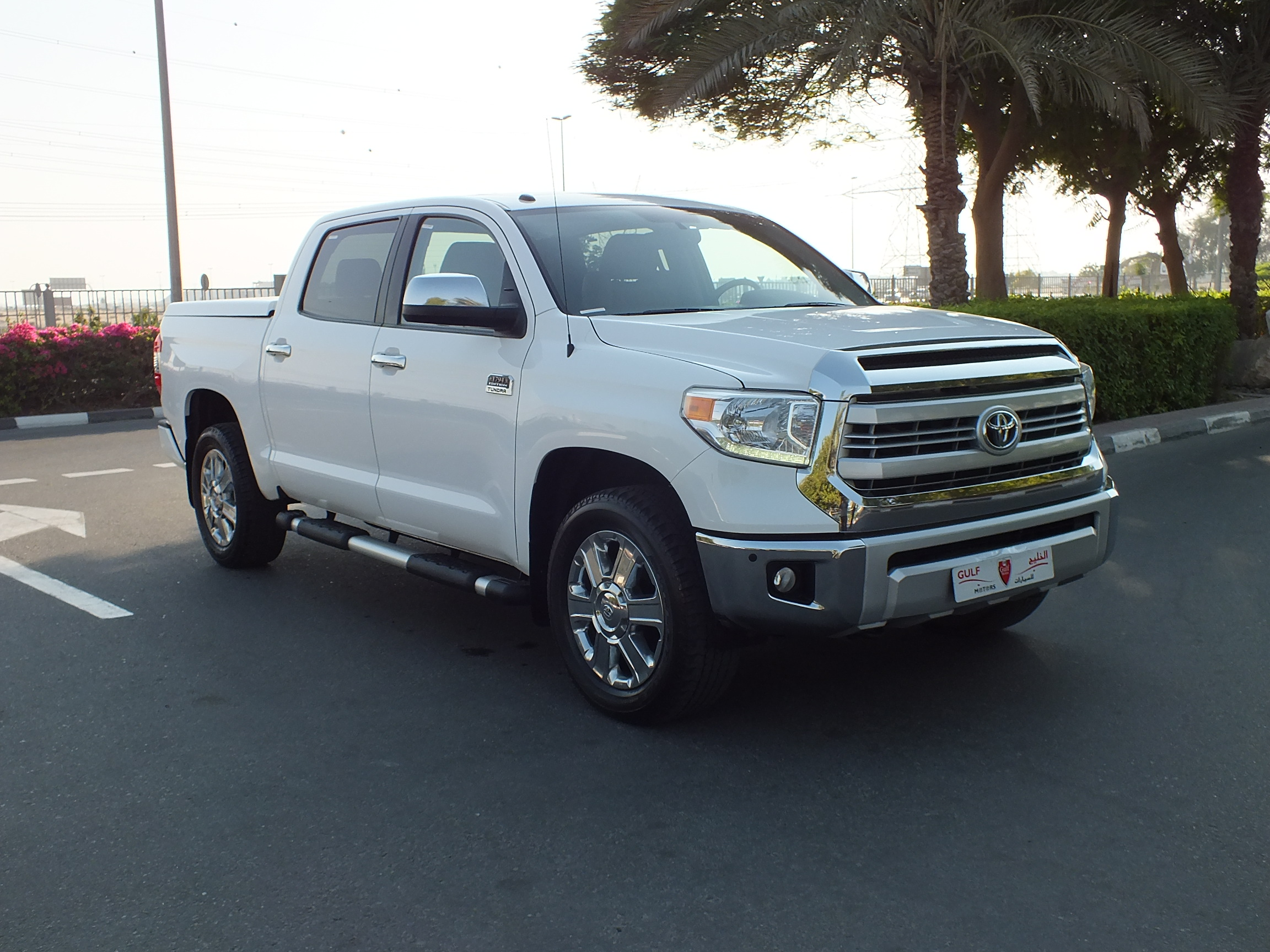 used toyota tundra 1794 special edition 2015 car for sale in dubai 755894. Black Bedroom Furniture Sets. Home Design Ideas