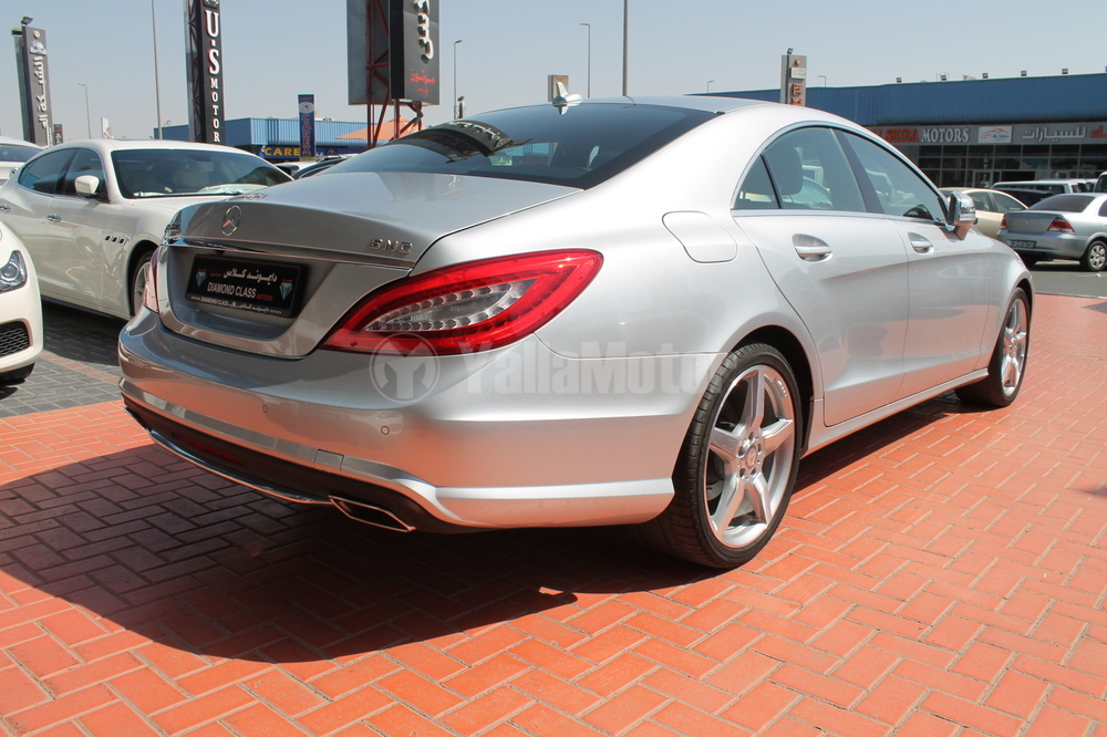 New mercedes benz cls class cls 350 2013 car for sale in for Mercedes benz bahrain