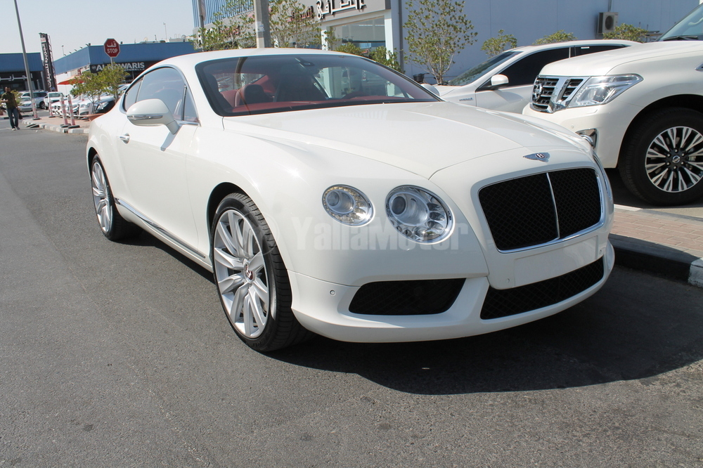 Bentley Continental GT V8 2015 Car for Sale in Dubai