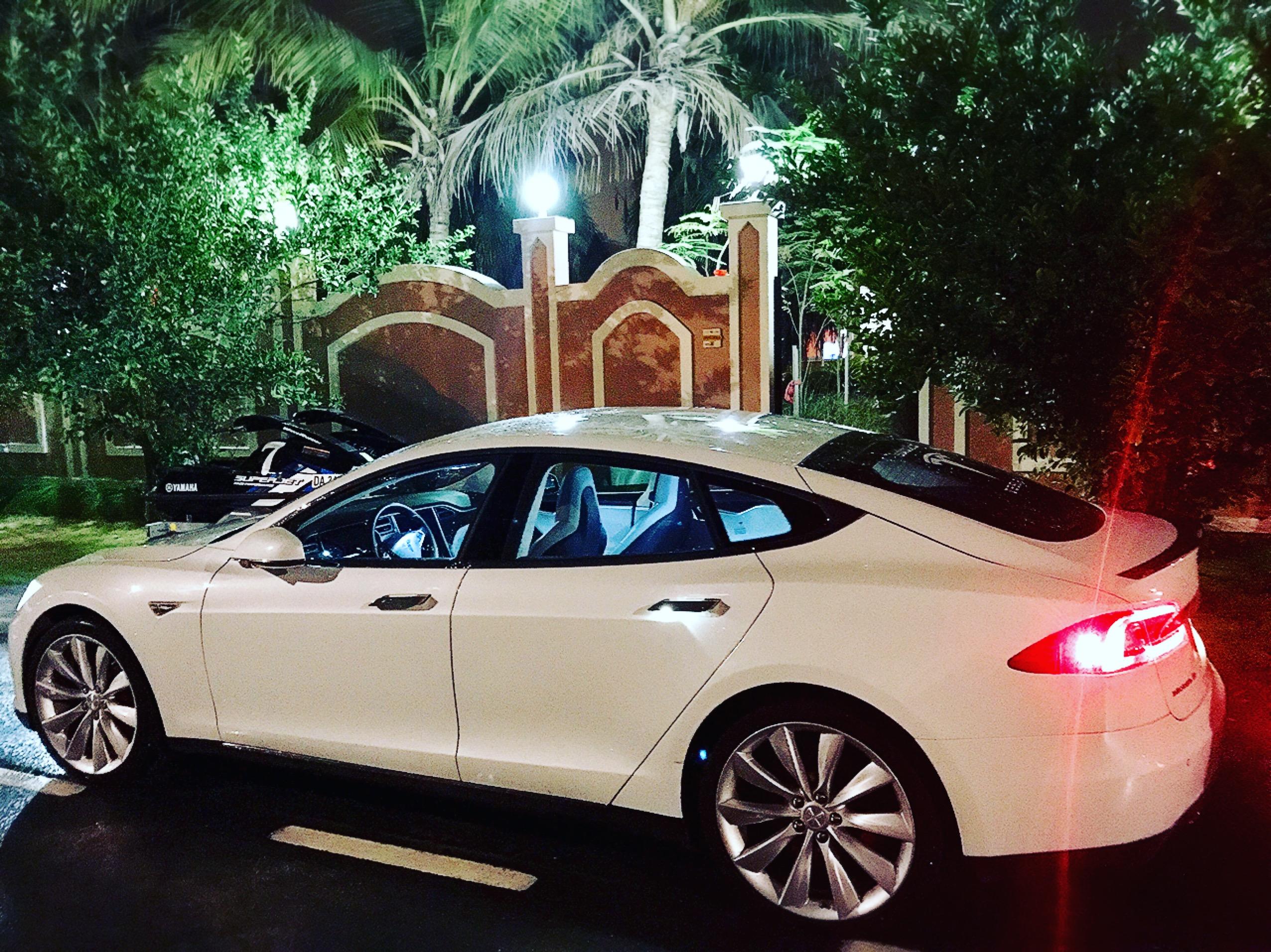Used Tesla Model S S85 2014 760737 Yallamotor Com