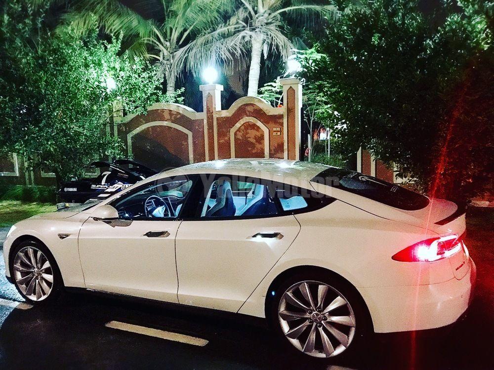 3 Tesla Used Cars For Sale In Dubai Yallamotor Com