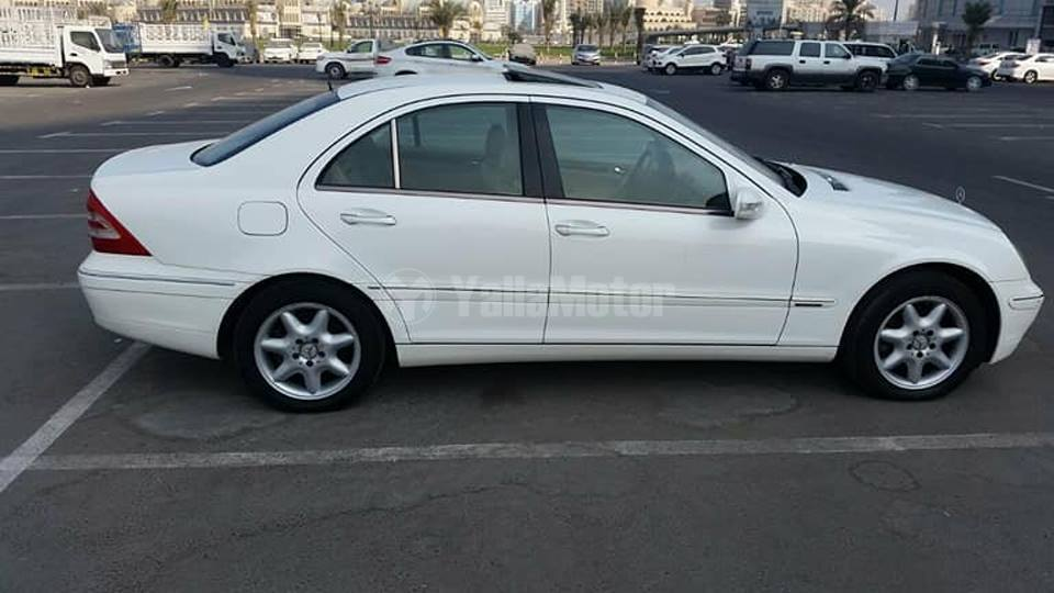 Used mercedes benz c class 2004 car for sale in sharjah for Mercedes benz c class used cars for sale