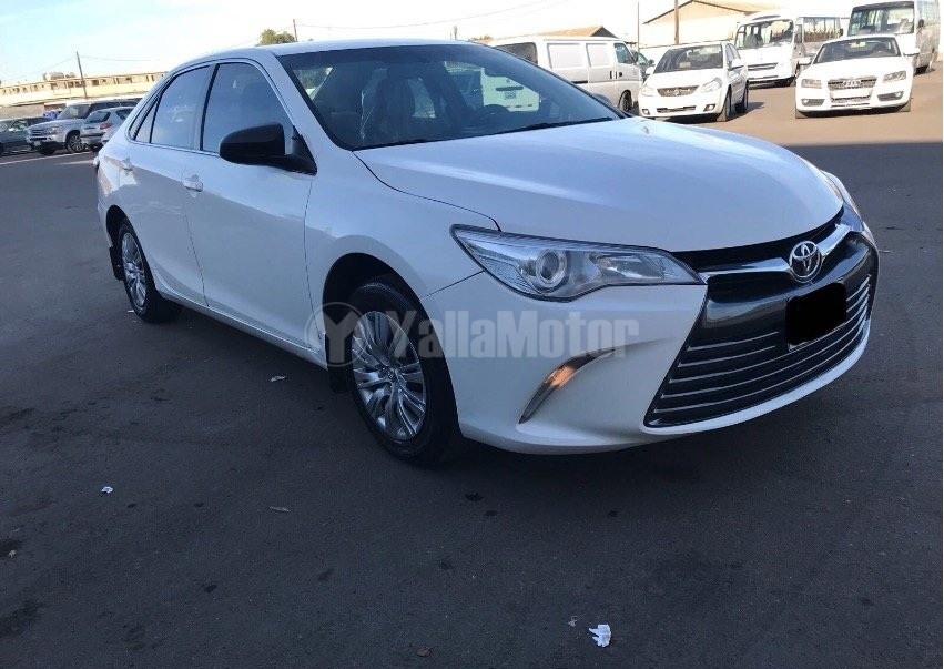 used toyota camry 2016 car for sale in muscat 767673. Black Bedroom Furniture Sets. Home Design Ideas