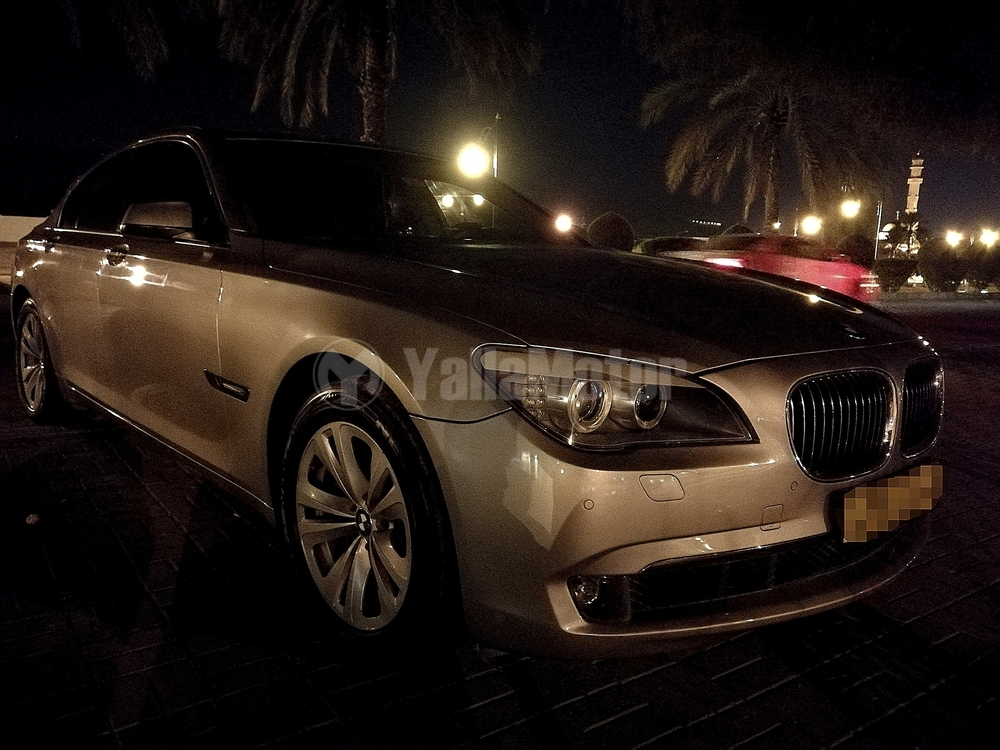 used bmw 7 series 740i 2009 car for sale in muscat 769050. Black Bedroom Furniture Sets. Home Design Ideas